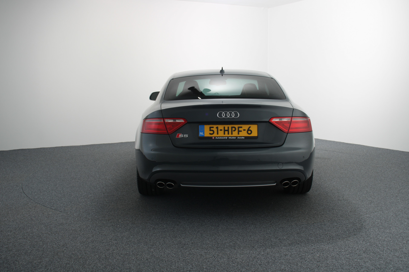 Audi-S5-8